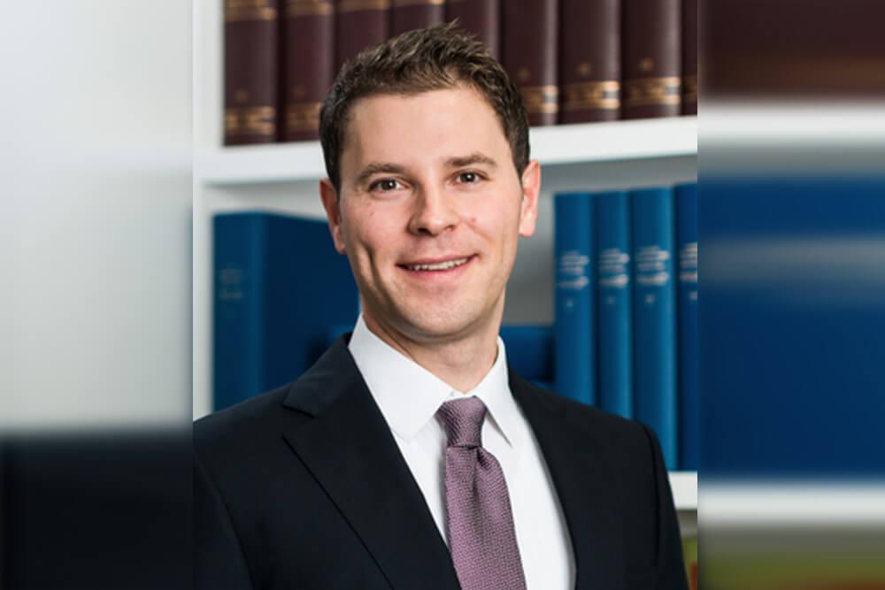 Dr. Florian Bechtel